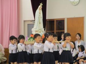 聖母の集いと参観